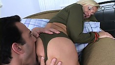 Big tit Lisa Lee gets her cunny drilled deep and then takes it up the ass